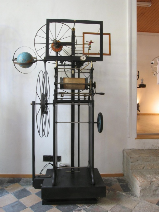 Homo Ludens MECHANICUS - LowTech Instruments Museum - Charly-Ann Cobdak